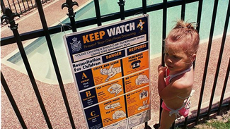 Swimming pool - Keep watch