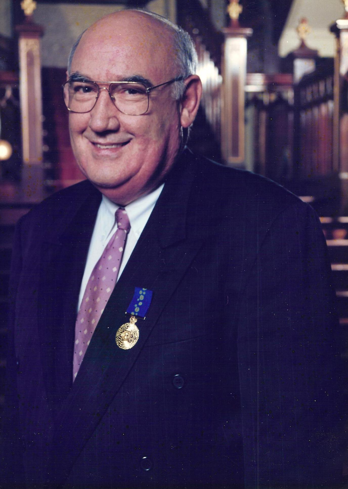 Dr Rex Stubbs OAM